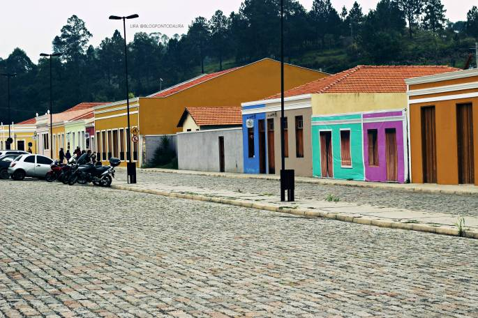 VILA LUIS CARLOS - GUARAREMA - SP - PONTO DA LIRA 003