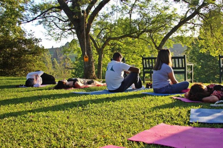 mindfulness e yoga - retiro de meditação e yoga - o que é mindfulness - natureza interior - chakra do coração