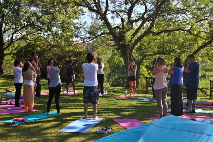 mindfulness yoga - retiro de yoga - chakra do coração - natureza interior