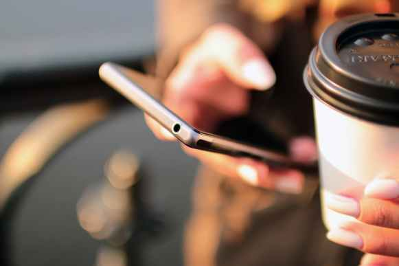 hands-coffee-smartphone-technology.jpg